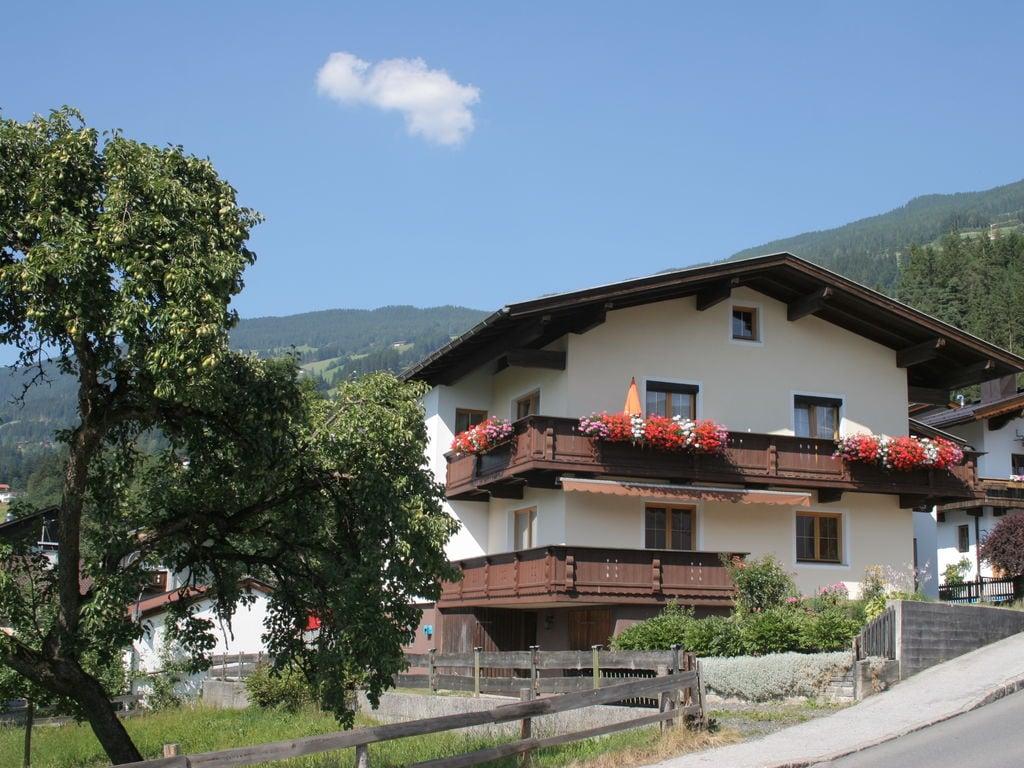 Ferienwohnung Geräumige Ferienwohnung mit Balkon in Hart im Zillertaler (253747), Hochfügen, Zillertal, Tirol, Österreich, Bild 22