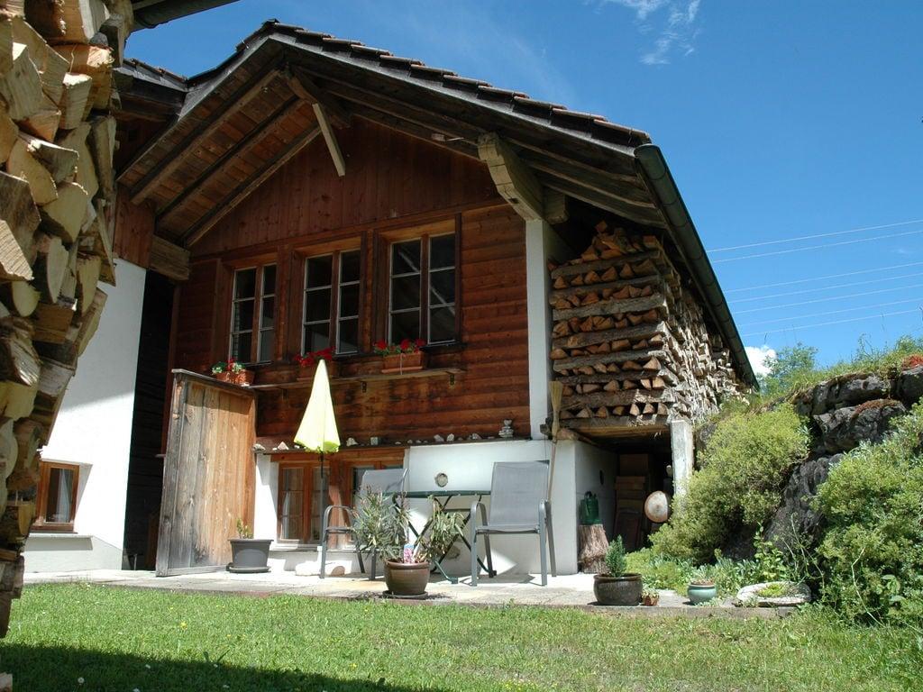 Maison de vacances Gemütliches Ferienhaus im Kandergrund mit Blümlisalp-Blick (254585), Kandergrund, Adelboden - Frutigen - Kandersteg, Oberland bernois, Suisse, image 2
