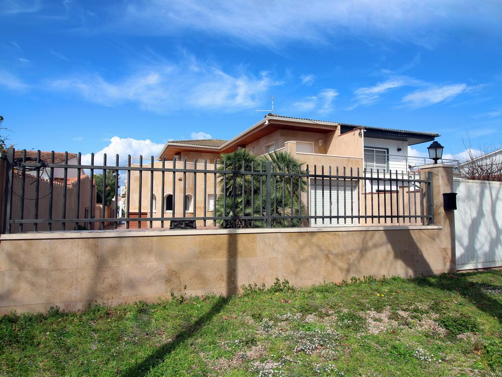 Ferienhaus Villa Llobregat (101267), Empuriabrava, Costa Brava, Katalonien, Spanien, Bild 2