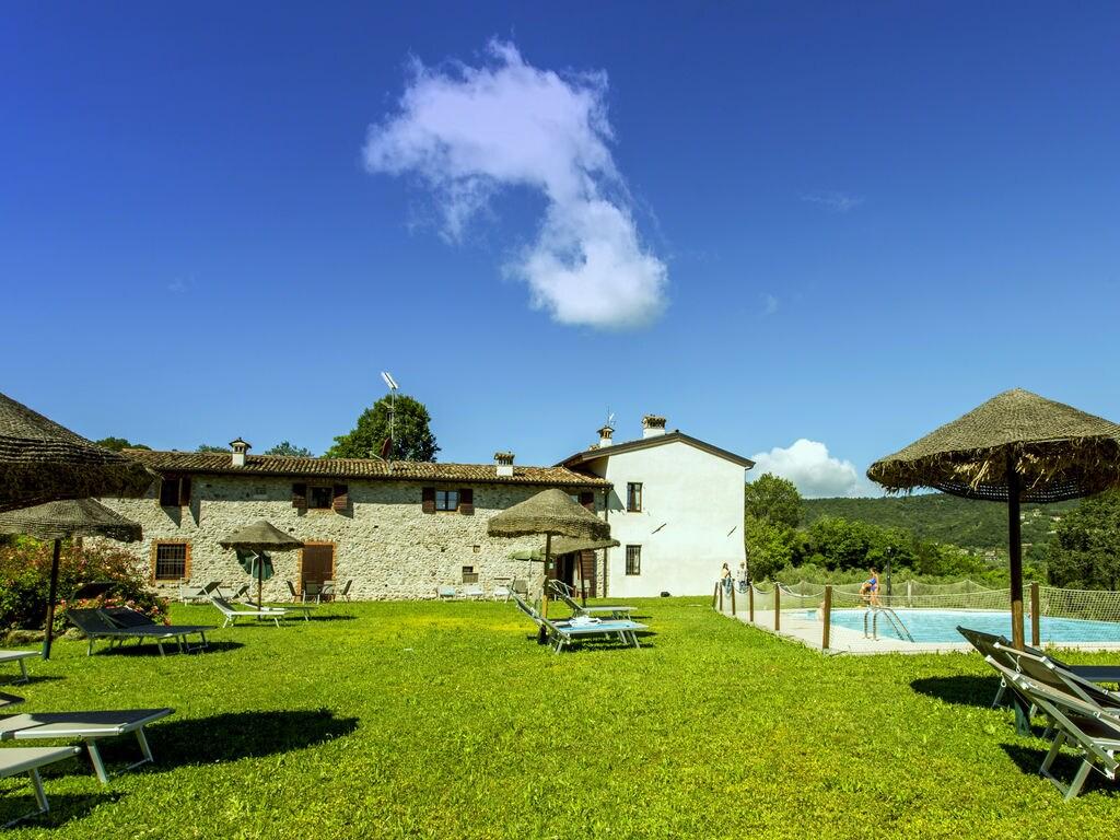 Ferienhaus Luxuriöses Ferienhaus mit Swimmingpool in Salò (178067), Salò, Gardasee, Lombardei, Italien, Bild 3