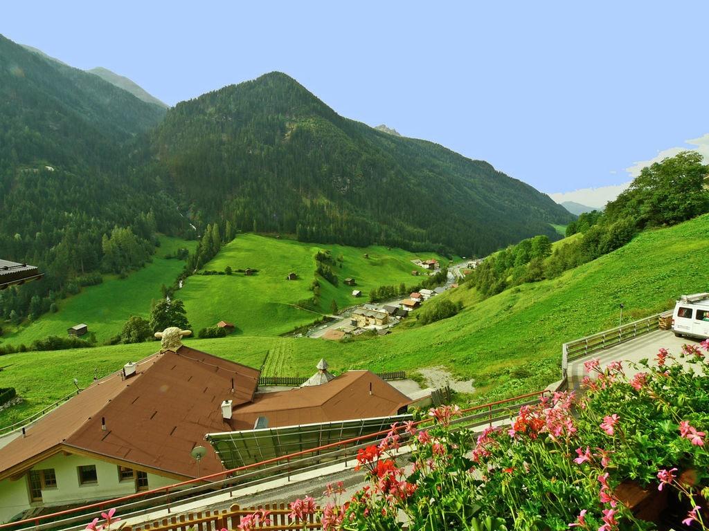 Ferienhaus Gemütliches Ferienhaus in Kappl nahe dem Stadtzentrum (253999), Kappl, Paznaun - Ischgl, Tirol, Österreich, Bild 4