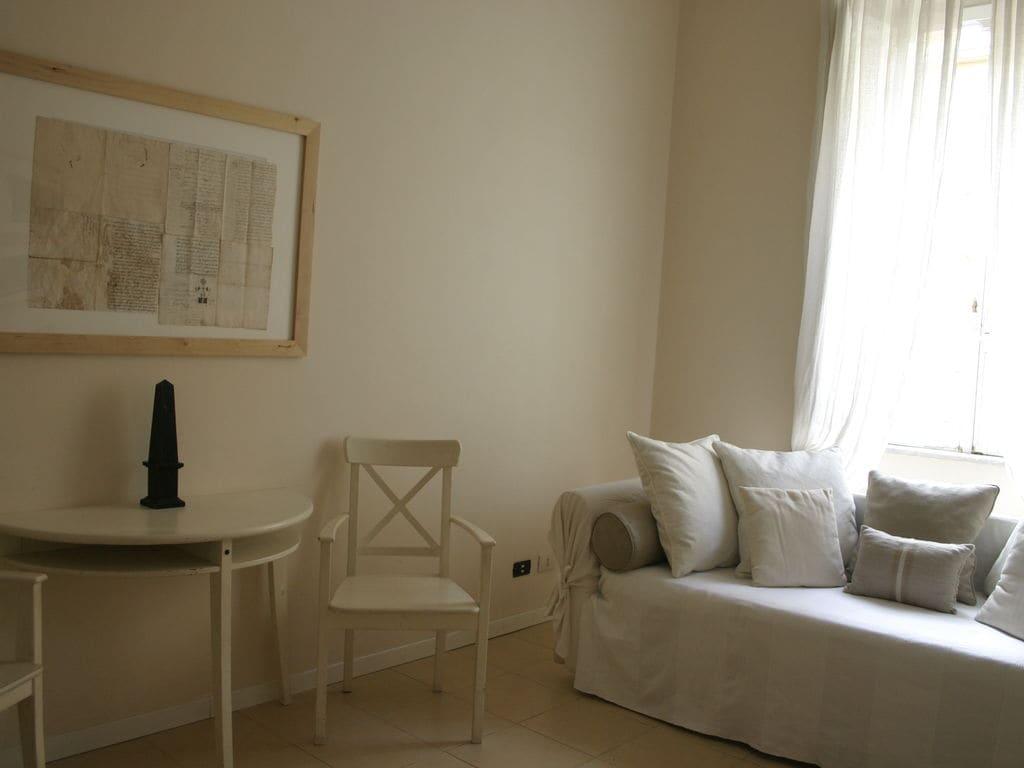Ferienwohnung Modernes Appartement in Rom mit Blick auf die Stadt (119876), Rom, Rom, Latium, Italien, Bild 3