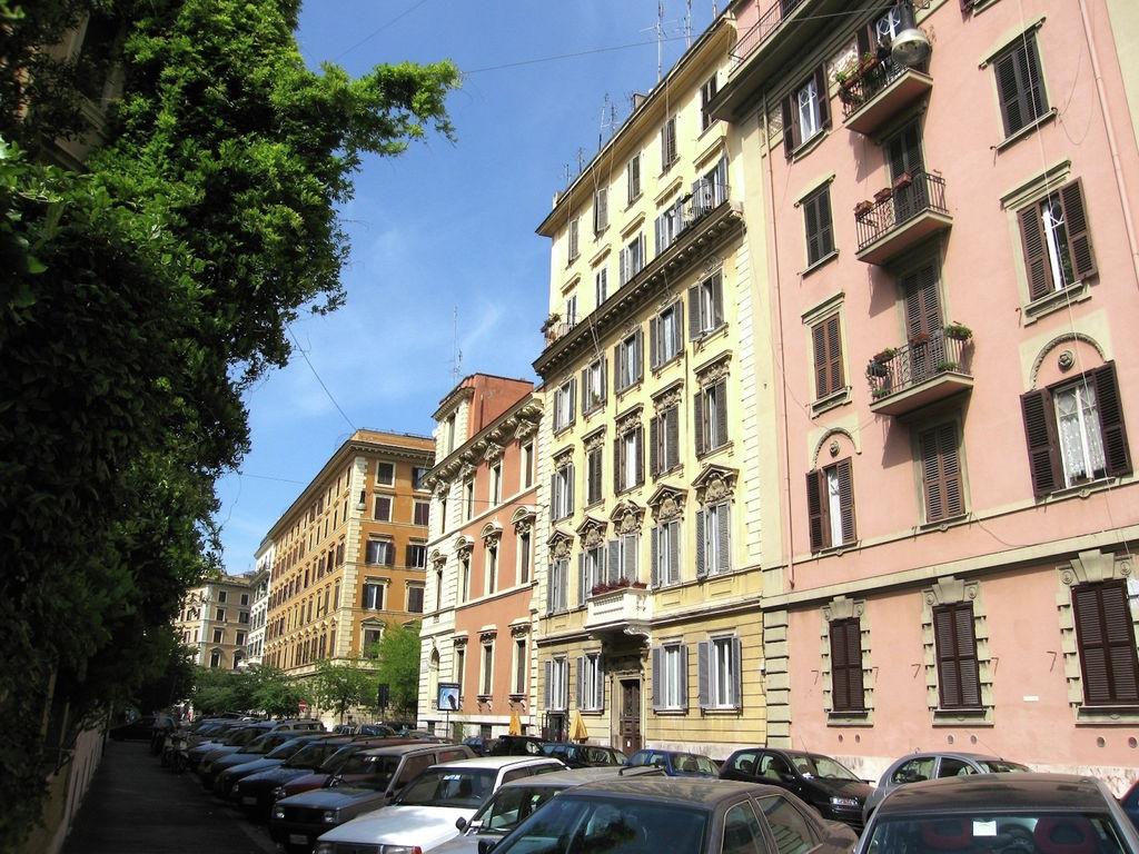 Ferienwohnung Modernes Appartement in Rom mit Blick auf die Stadt (119876), Rom, Rom, Latium, Italien, Bild 2