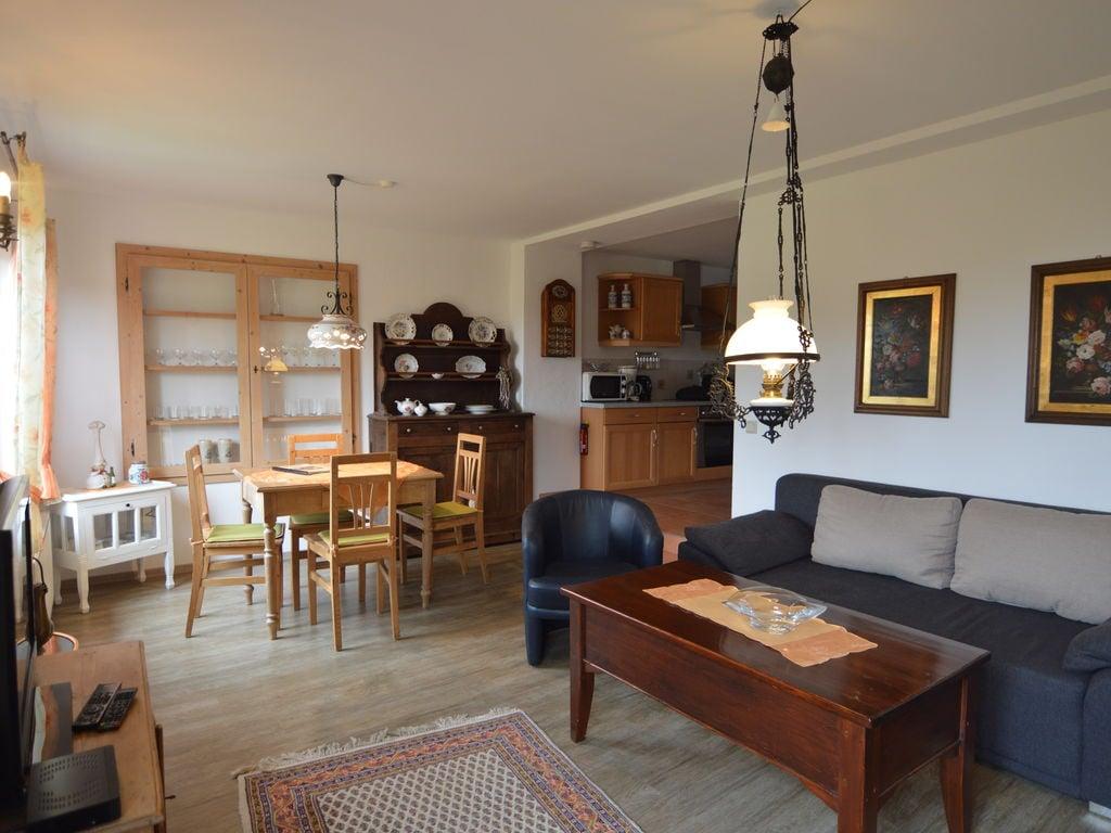 Gemütliches Appartement in Reifferscheid mit  Ferienwohnung in Nordrhein Westfalen