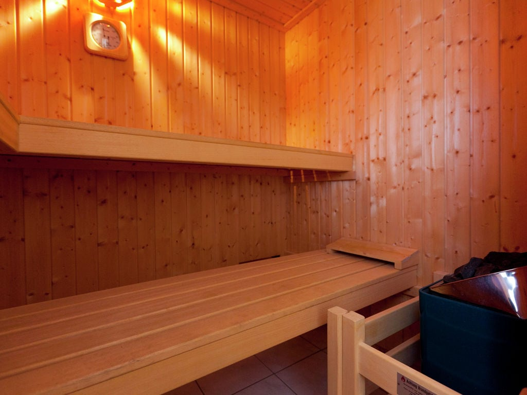 Holiday apartment Modernes Appartement mit Sauna in Bolsdorf (122385), Hillesheim, Volcanic Eifel, Rhineland-Palatinate, Germany, picture 27