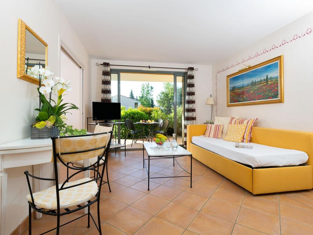 Holiday apartment Résidence Provence Country Club 3 (133771), Saumane de Vaucluse, Vaucluse, Provence - Alps - Côte d'Azur, France, picture 2