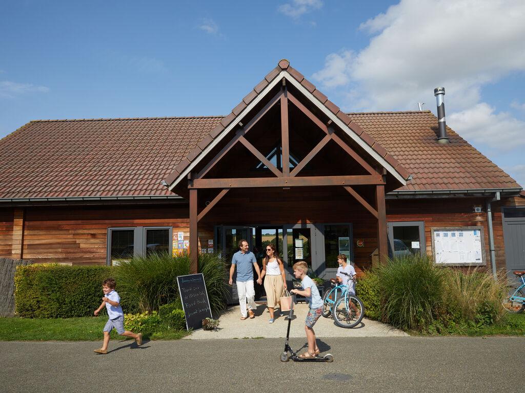 Ferienhaus Authentisches Holz-Ferienhaus in ruhiger grüner Umgebung (256244), Buigny St Maclou, Somme, Picardie, Frankreich, Bild 8