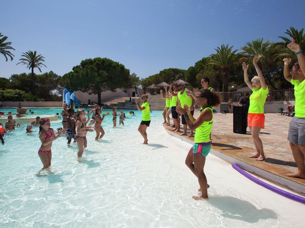Ferienwohnung Gepflegtes Mobilheim mit Kombi-Mikrowelle, Strand in 5 km. (256266), Fréjus, Côte d'Azur, Provence - Alpen - Côte d'Azur, Frankreich, Bild 6