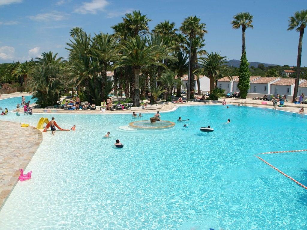 Ferienwohnung Gepflegtes Mobilheim mit Kombi-Mikrowelle, Strand in 5 km. (256266), Fréjus, Côte d'Azur, Provence - Alpen - Côte d'Azur, Frankreich, Bild 14