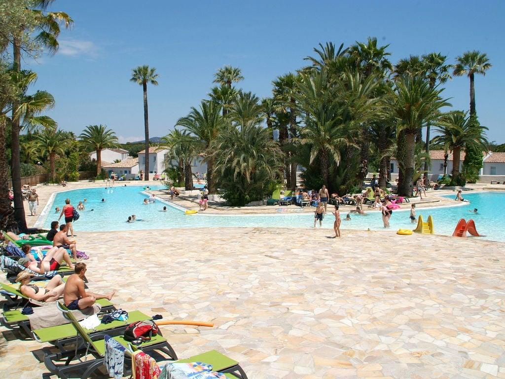 Ferienwohnung Gepflegtes Mobilheim mit Kombi-Mikrowelle, Strand in 5 km. (256266), Fréjus, Côte d'Azur, Provence - Alpen - Côte d'Azur, Frankreich, Bild 16
