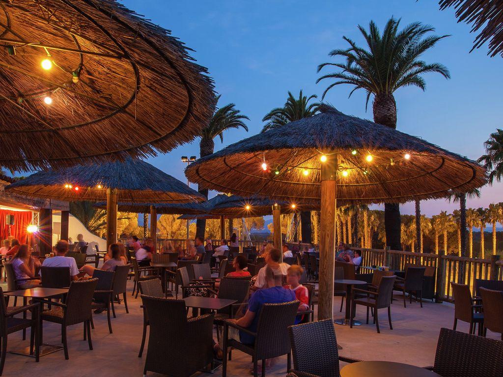 Ferienwohnung Gepflegtes Mobilheim mit Kombi-Mikrowelle, Strand in 5 km. (256266), Fréjus, Côte d'Azur, Provence - Alpen - Côte d'Azur, Frankreich, Bild 19