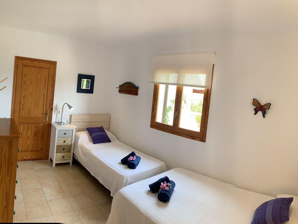 Ferienhaus Gemütliche Villa mit Swimmingpool auf Ibiza (578703), Cala Bassa, Ibiza, Balearische Inseln, Spanien, Bild 19