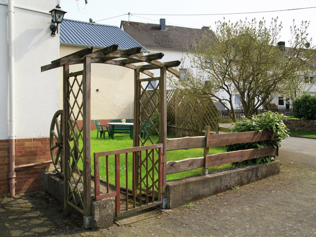 Ferienhaus Geräumiges Ferienhaus in Ulmen mit Garten (255231), Ulmen, Moseleifel, Rheinland-Pfalz, Deutschland, Bild 17