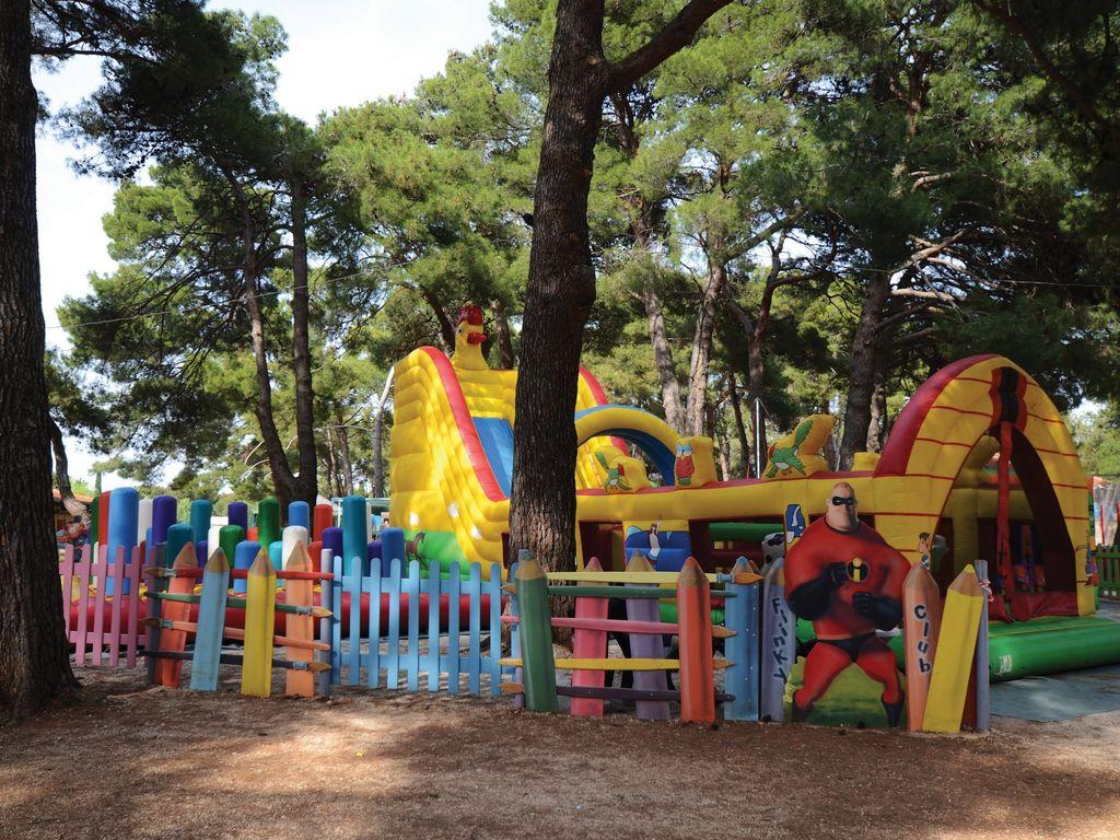 Ferienhaus Sorgfältig möblierter Bungalow mit 2 Bädern, 7 km von Pula (256428), Fažana, , Istrien, Kroatien, Bild 22