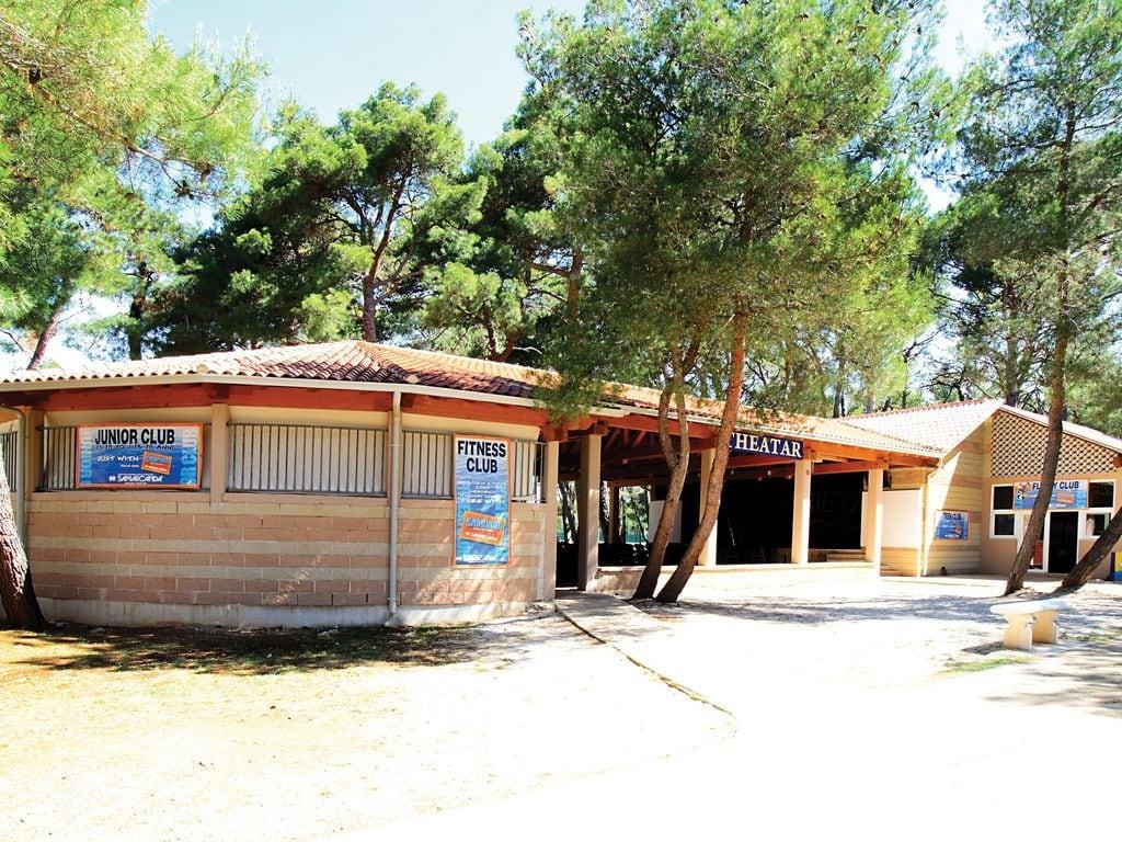 Ferienhaus Sorgfältig möblierter Bungalow mit 2 Bädern, 7 km von Pula (256428), Fažana, , Istrien, Kroatien, Bild 17