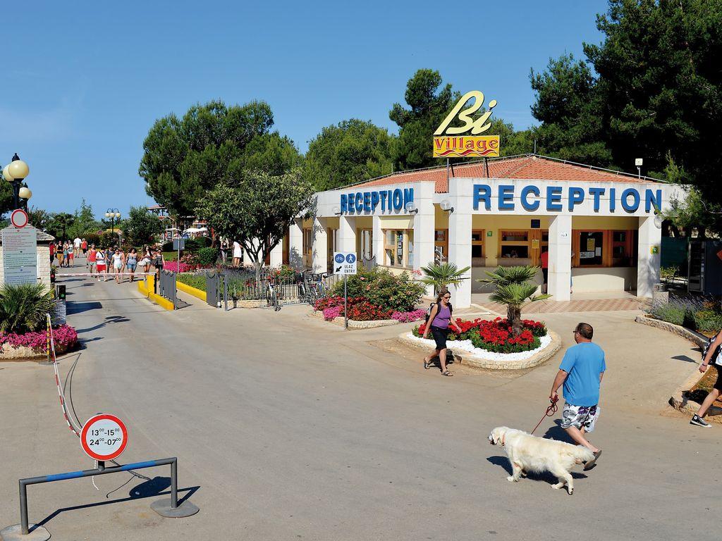 Ferienhaus Sorgfältig möblierter Bungalow mit 2 Bädern, 7 km von Pula (256428), Fažana, , Istrien, Kroatien, Bild 18