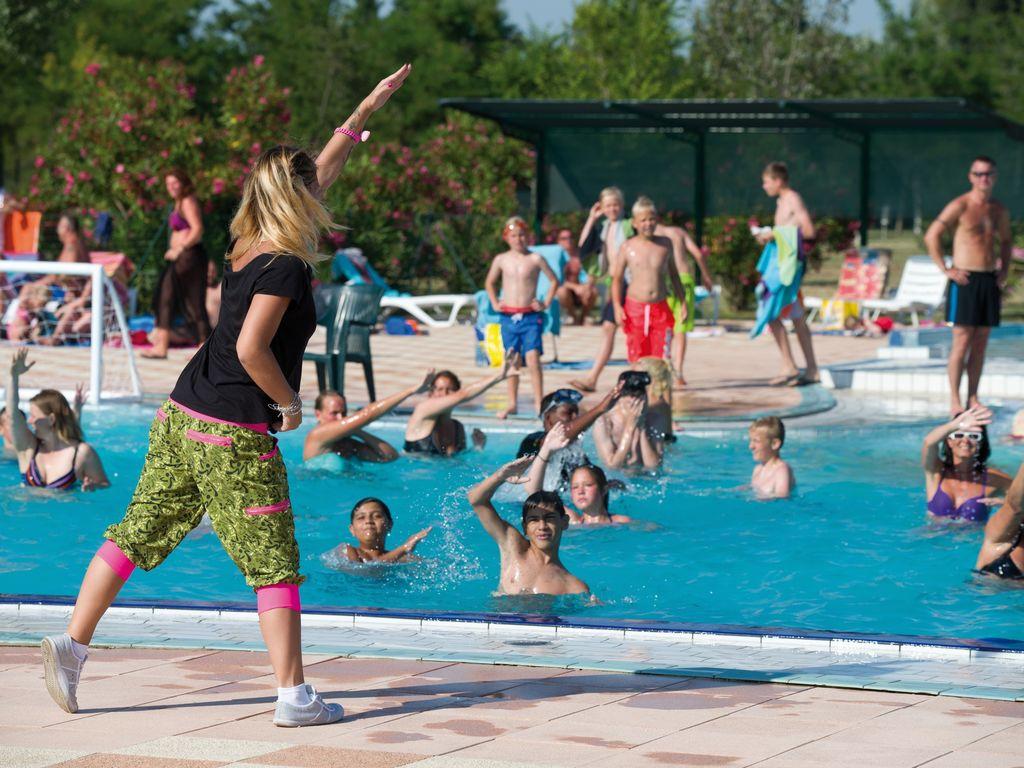 Ferienhaus Sorgfältig möblierter Bungalow mit 2 Bädern, 7 km von Pula (256428), Fažana, , Istrien, Kroatien, Bild 6