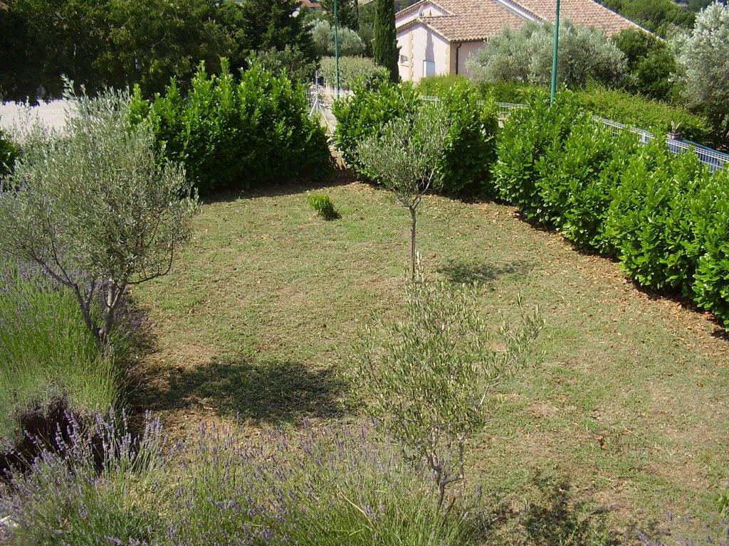 Ferienhaus Villa mit Pool und Talblick in Saint-Laurent-de-Carnols (303677), Bagnols sur Cèze, Gard Binnenland, Languedoc-Roussillon, Frankreich, Bild 23