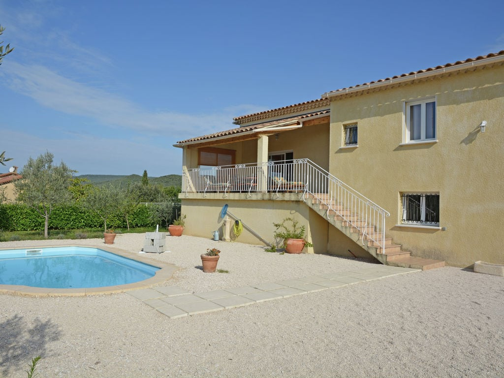 Ferienhaus Villa mit Pool und Talblick in Saint-Laurent-de-Carnols (303677), Bagnols sur Cèze, Gard Binnenland, Languedoc-Roussillon, Frankreich, Bild 1