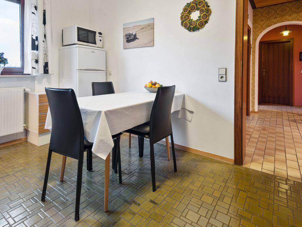 Ferienhaus Gemütliches Apartment mit Sauna in Frankenau (156373), Frankenau, Waldecker Land, Hessen, Deutschland, Bild 13