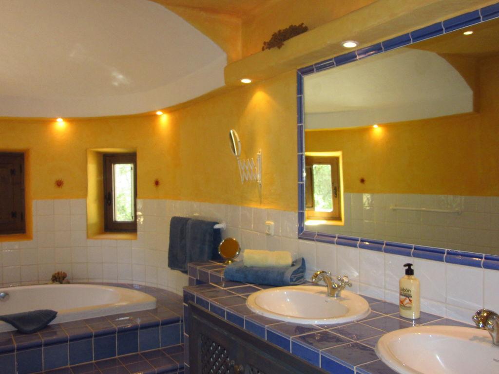 Ferienhaus Geräumige Villa mit Swimmingpool auf Ibiza (562954), San Carlos de Peralta, Ibiza, Balearische Inseln, Spanien, Bild 24