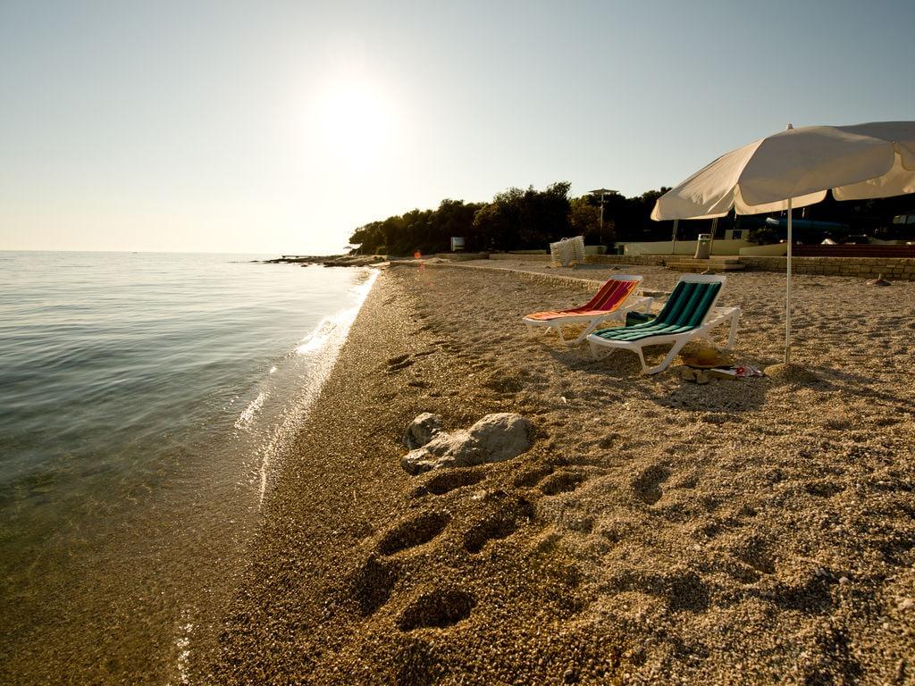 Ferienhaus Komfortables Ferienhaus mit Mikrowelle, 5 km von Rovinj (256425), Rovinj, , Istrien, Kroatien, Bild 12
