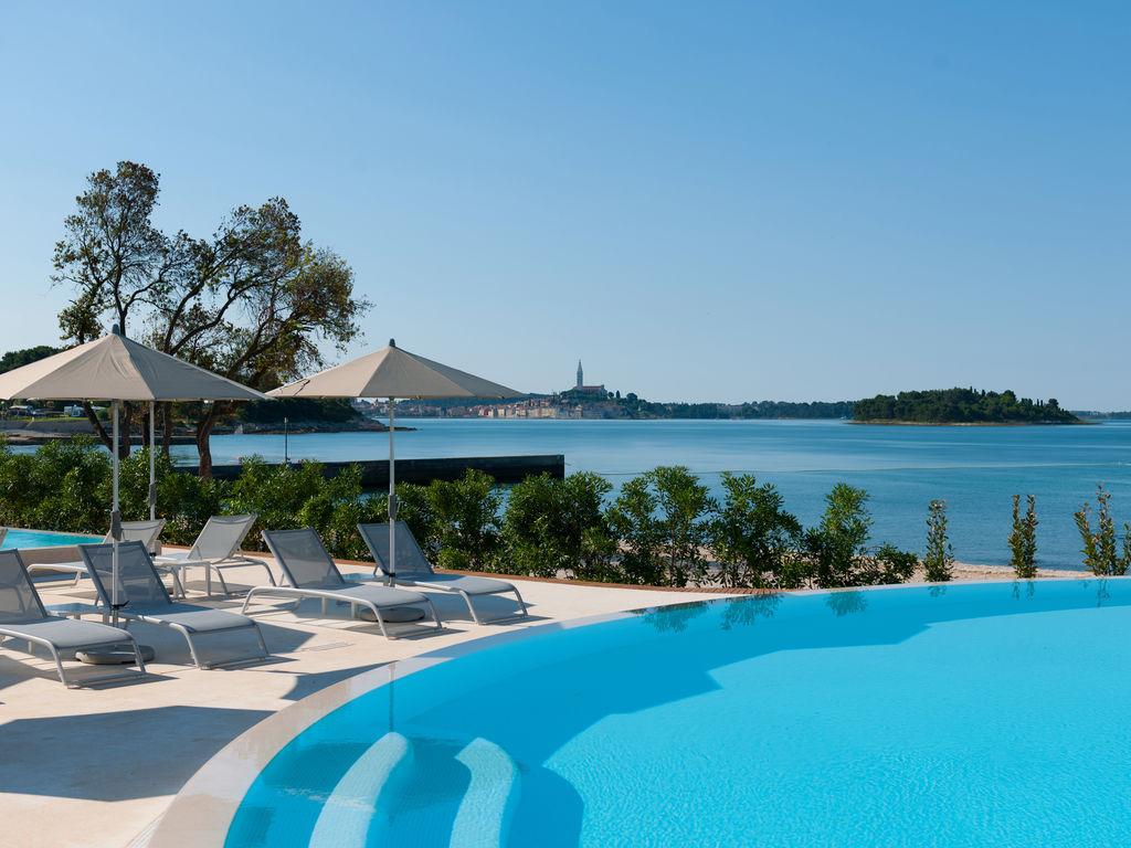 Ferienhaus Komfortables Ferienhaus mit Mikrowelle, 5 km von Rovinj (256425), Rovinj, , Istrien, Kroatien, Bild 7