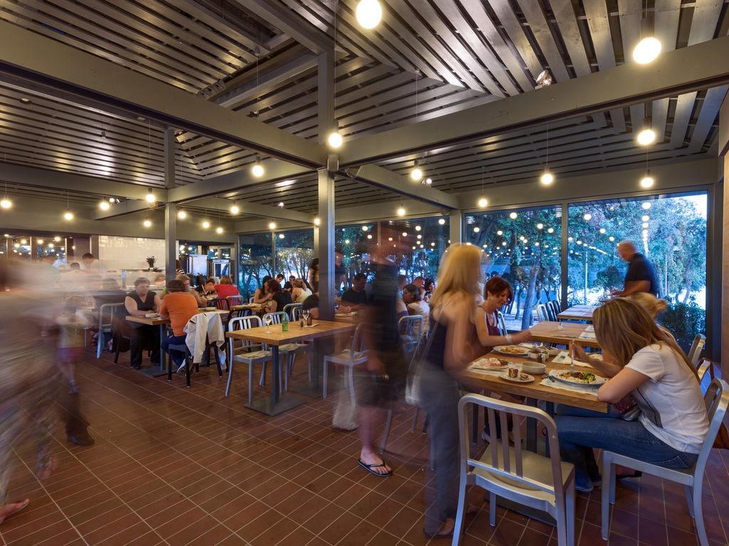 Ferienhaus Komfortables Ferienhaus mit Mikrowelle, 5 km von Rovinj (256425), Rovinj, , Istrien, Kroatien, Bild 21