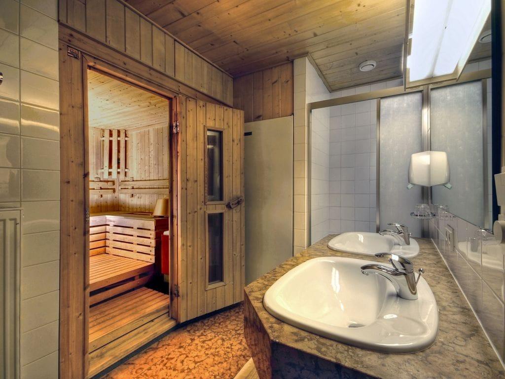 Ferienwohnung Komfortables Apartment in Matrei in Osttirol mit Sauna (164846), Matrei in Osttirol, Osttirol, Tirol, Österreich, Bild 11