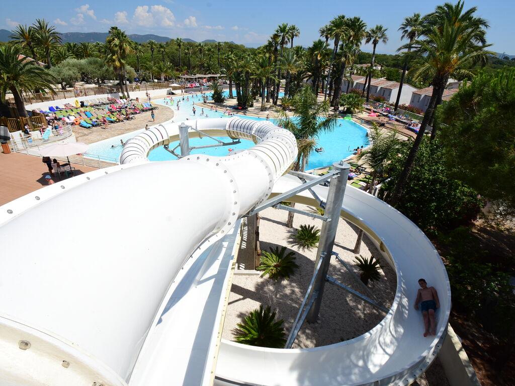 Ferienhaus Gepflegter Bungalow mit Kombi-Mikrowelle, Strand in 5 km. (256264), Fréjus, Côte d'Azur, Provence - Alpen - Côte d'Azur, Frankreich, Bild 8