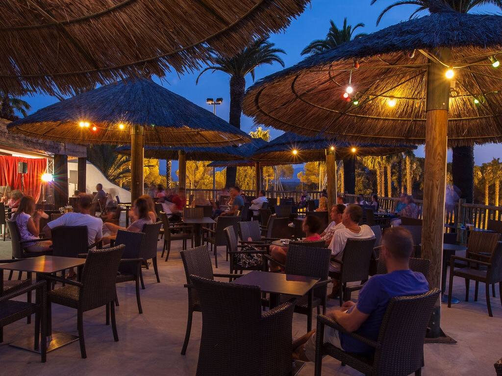 Ferienhaus Gepflegter Bungalow mit Kombi-Mikrowelle, Strand in 5 km. (256264), Fréjus, Côte d'Azur, Provence - Alpen - Côte d'Azur, Frankreich, Bild 36
