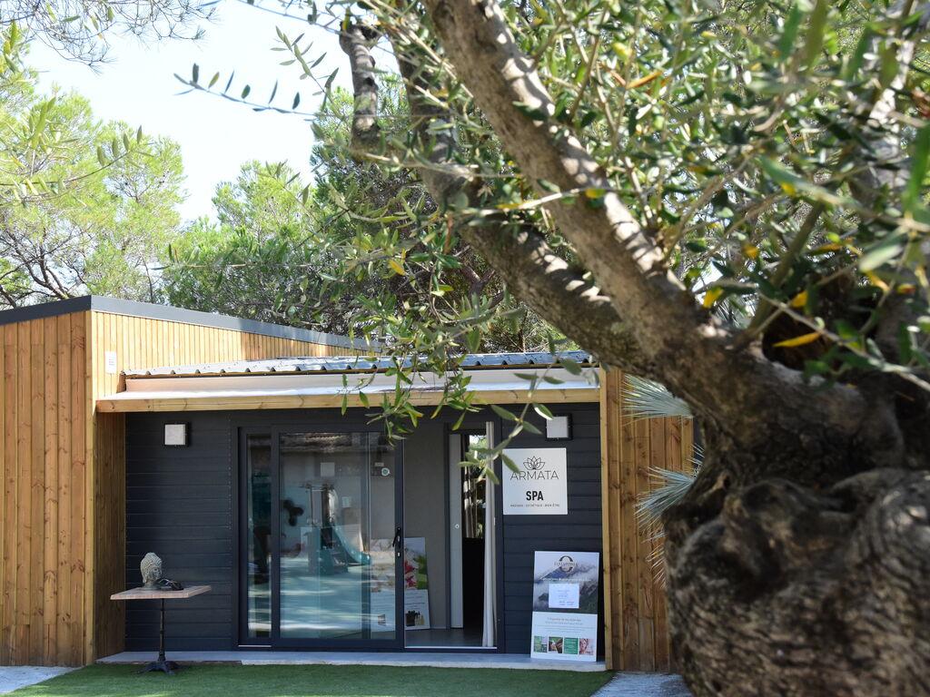 Ferienhaus Gepflegter Bungalow mit Kombi-Mikrowelle, Strand in 5 km. (256264), Fréjus, Côte d'Azur, Provence - Alpen - Côte d'Azur, Frankreich, Bild 39
