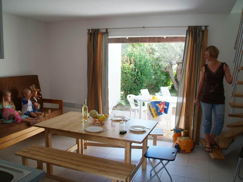 Ferienhaus Gepflegter Bungalow mit Kombi-Mikrowelle, Strand in 5 km. (256264), Fréjus, Côte d'Azur, Provence - Alpen - Côte d'Azur, Frankreich, Bild 14