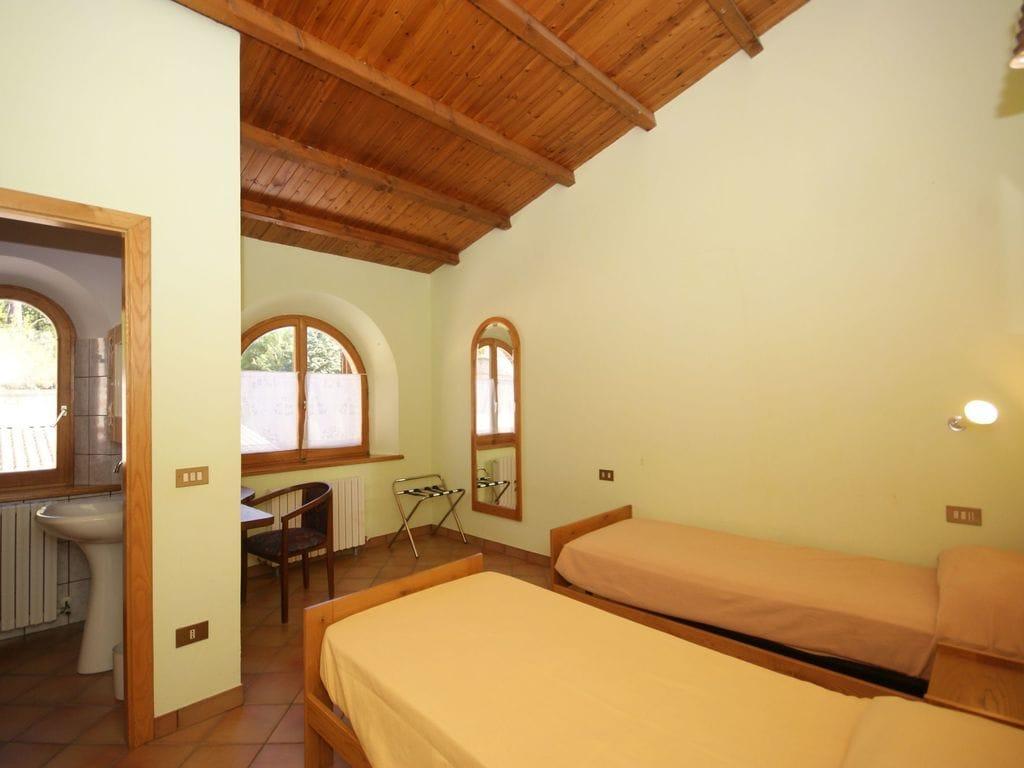 Ferienhaus mit Bergblick in Montelparo Marche mit Pool (256835), Falerone, Fermo, Marken, Italien, Bild 14