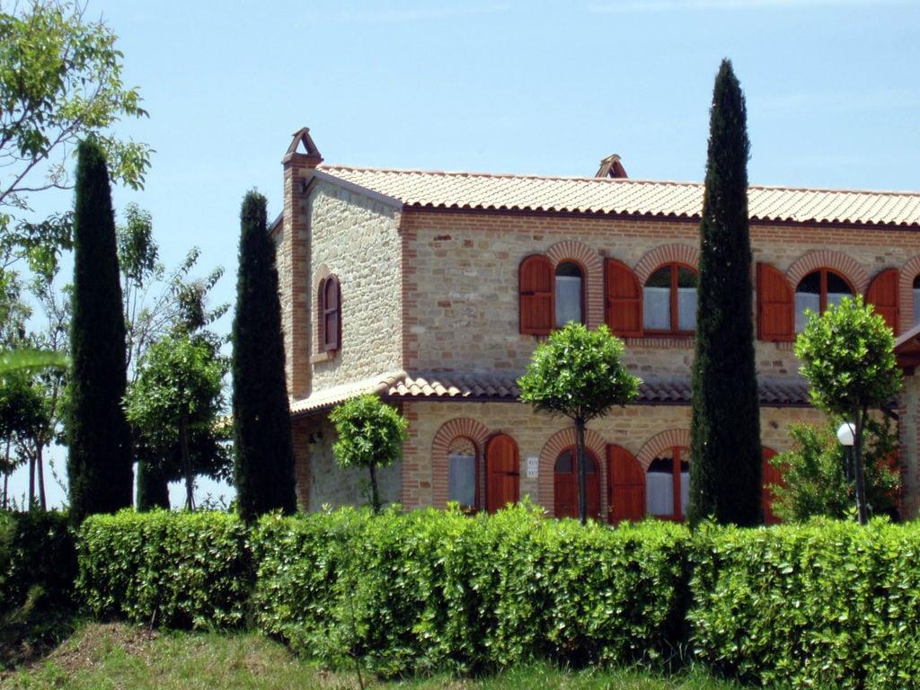 Ferienhaus mit Bergblick in Montelparo Marche mit Pool (256835), Falerone, Fermo, Marken, Italien, Bild 8