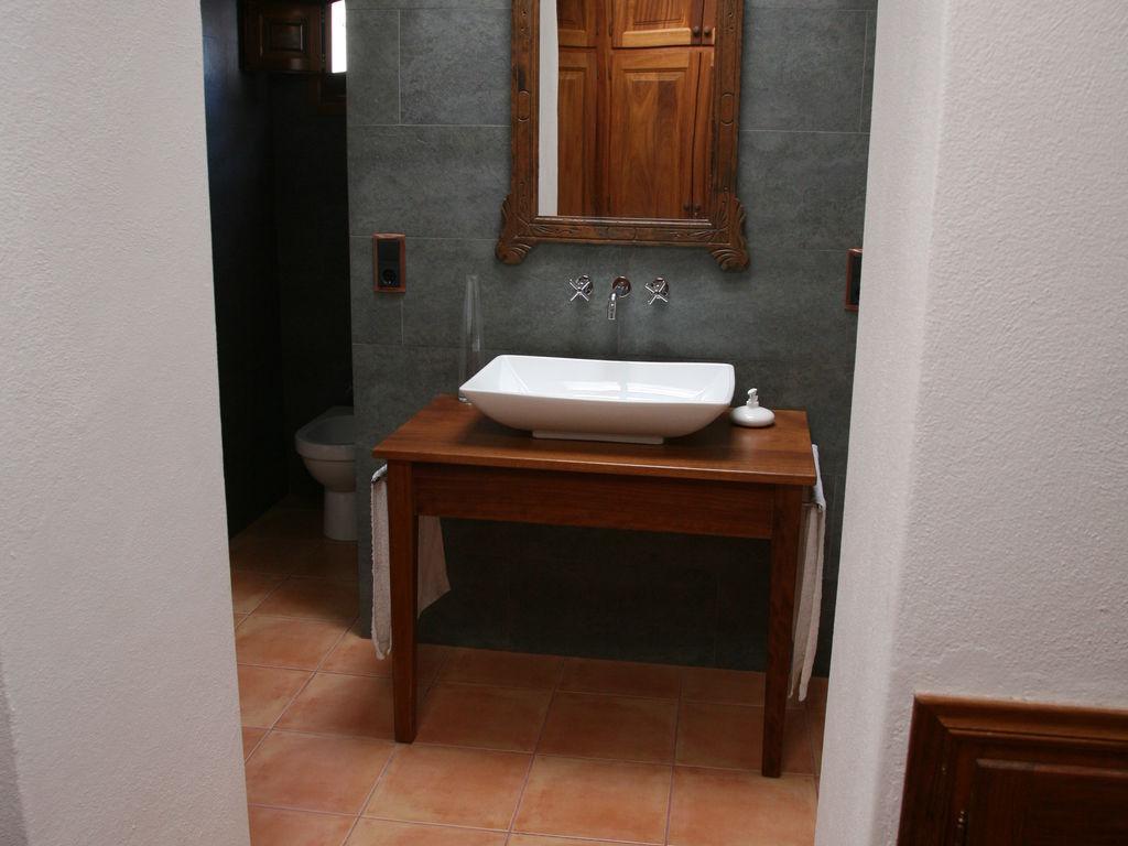 Ferienhaus Geräumiges Ferienhaus in St. Josep de sa Talaia mit Pool (562880), Urbanització Sierra Mar, Ibiza, Balearische Inseln, Spanien, Bild 14