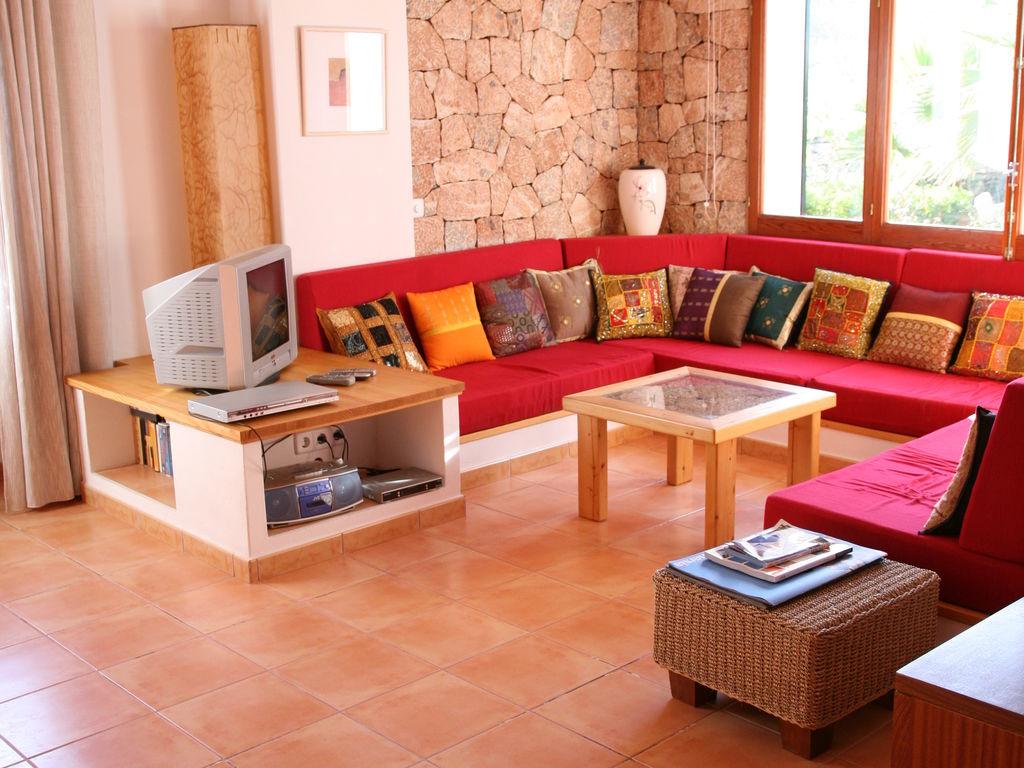 Ferienhaus Geräumiges Ferienhaus in St. Josep de sa Talaia mit Pool (562880), Urbanització Sierra Mar, Ibiza, Balearische Inseln, Spanien, Bild 7