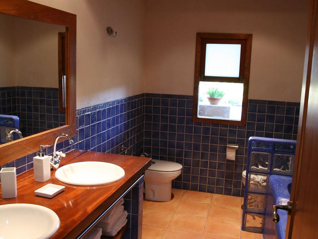Ferienhaus Geräumiges Ferienhaus in St. Josep de sa Talaia mit Pool (562880), Urbanització Sierra Mar, Ibiza, Balearische Inseln, Spanien, Bild 15