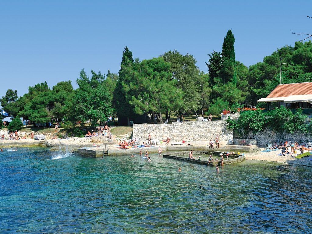 Ferienwohnung Luxuriöses Apartment mit Mikrowelle, 2,5 km vom hist. Porec (256430), Porec, , Istrien, Kroatien, Bild 15