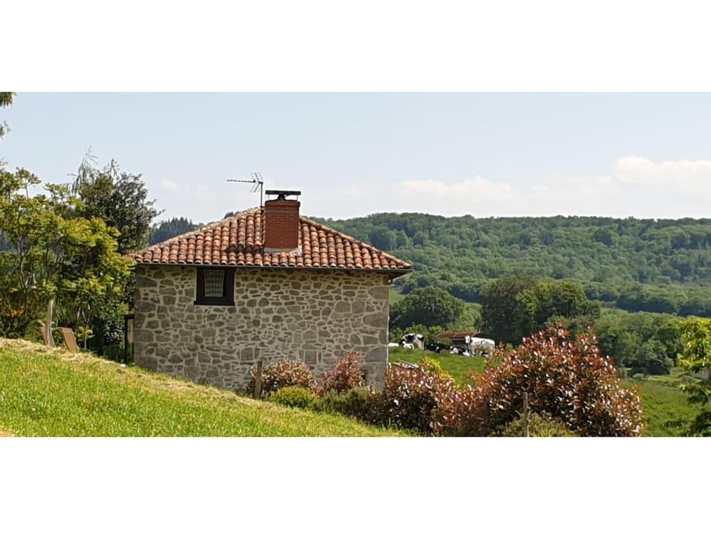 Ferienhaus Schönes Landhaus aus Stein mit Whirlpool, Sauna und Schwimmbad im Cantal. (255927), Le Rouget, Cantal, Auvergne, Frankreich, Bild 32