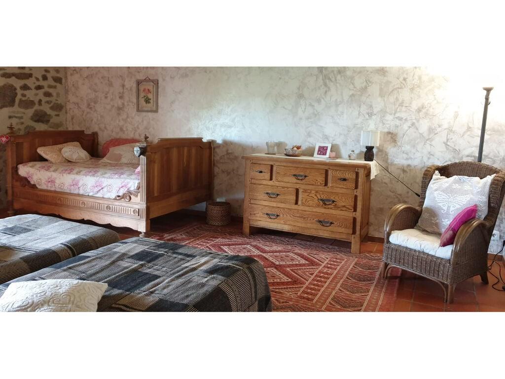 Ferienhaus Schönes Landhaus aus Stein mit Whirlpool, Sauna und Schwimmbad im Cantal. (255927), Le Rouget, Cantal, Auvergne, Frankreich, Bild 13