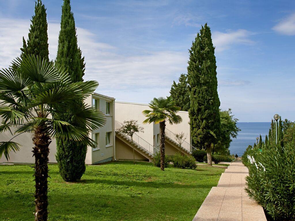 Appartement de vacances Luxuriöses Apartment mit Mikrowelle, 2,5 km vom hist. Porec (256429), Porec, , Istrie, Croatie, image 4