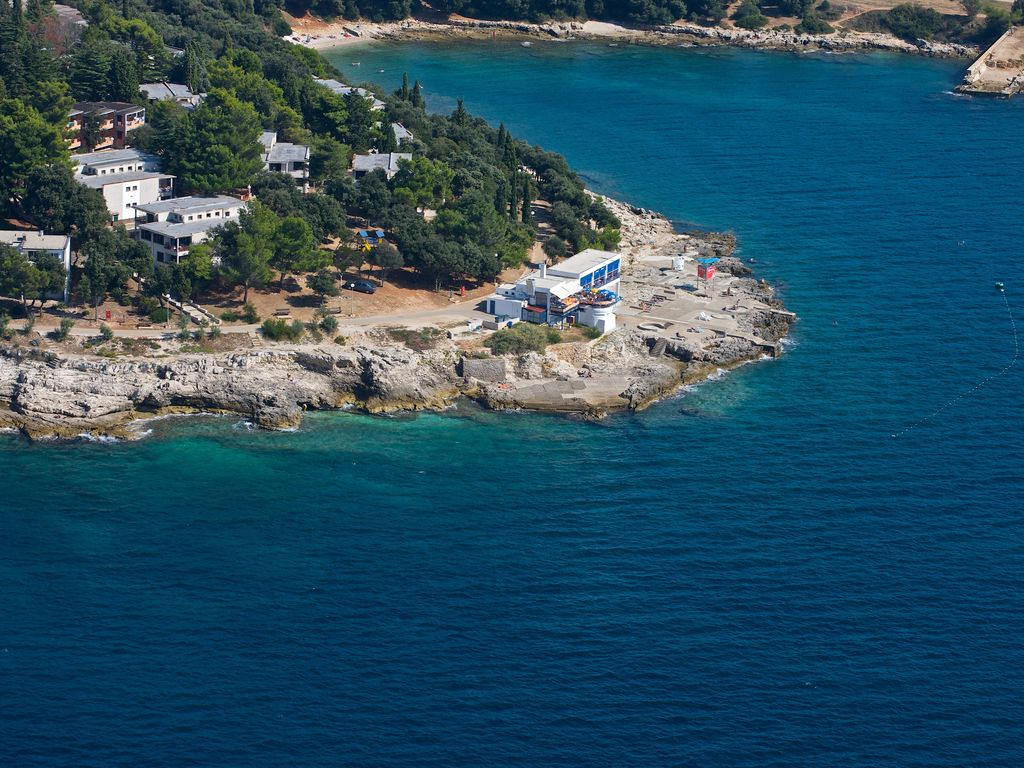 Ferienhaus Gepflegtes Apartment mit Balkon, 4 km vom touristischen Pula (256419), Pula, , Istrien, Kroatien, Bild 8