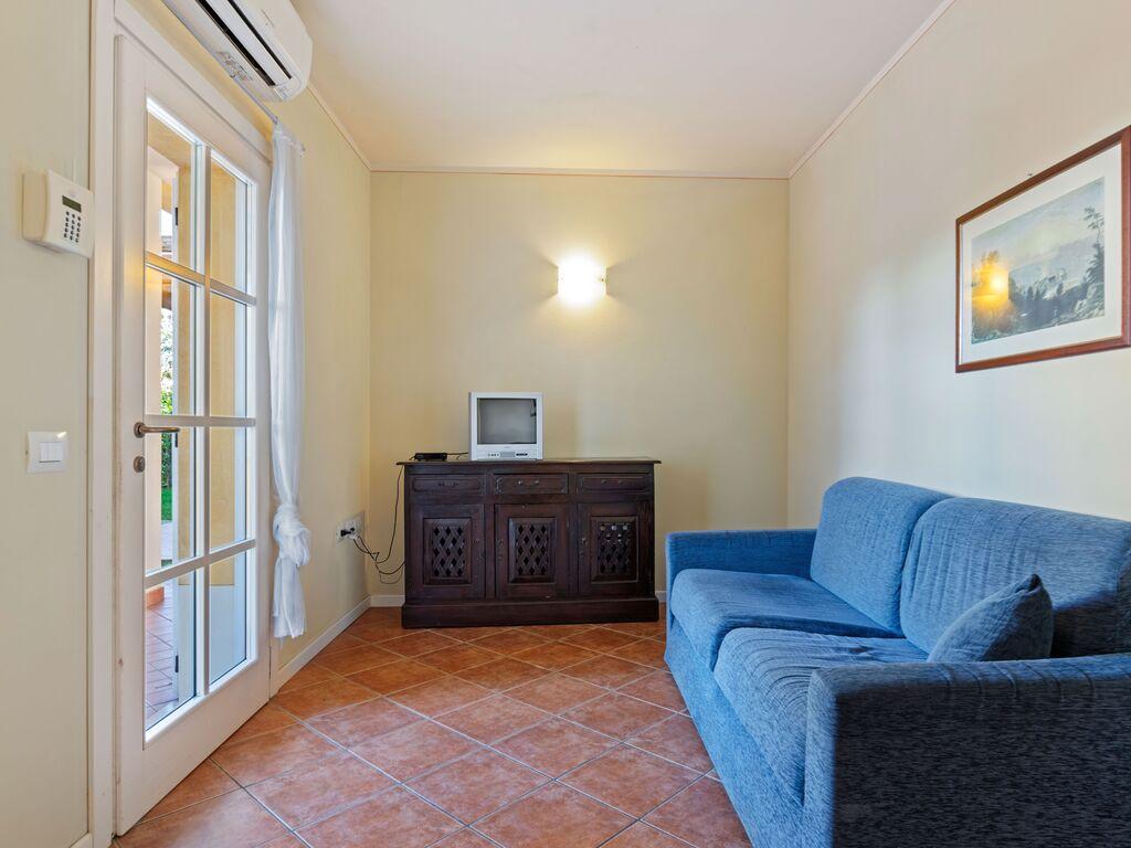 Ferienhaus Schönes Ferienhaus in Manerba del Garda mit Pool (244575), Nuvolento, Brescia, Lombardei, Italien, Bild 11