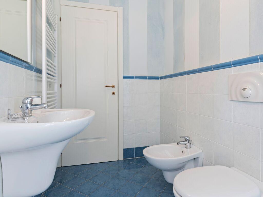 Ferienhaus Schönes Ferienhaus in Manerba del Garda mit Pool (244575), Nuvolento, Brescia, Lombardei, Italien, Bild 20