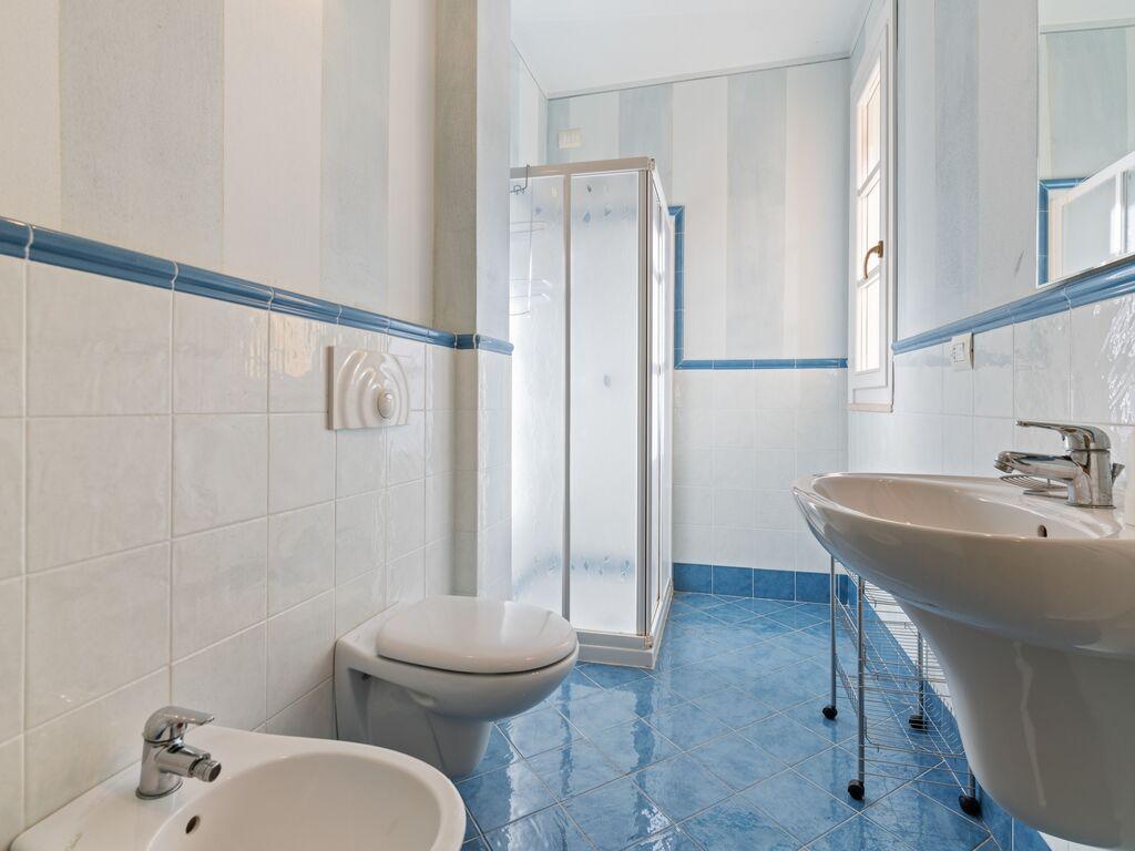 Ferienhaus Schönes Ferienhaus in Manerba del Garda mit Pool (244575), Nuvolento, Brescia, Lombardei, Italien, Bild 21