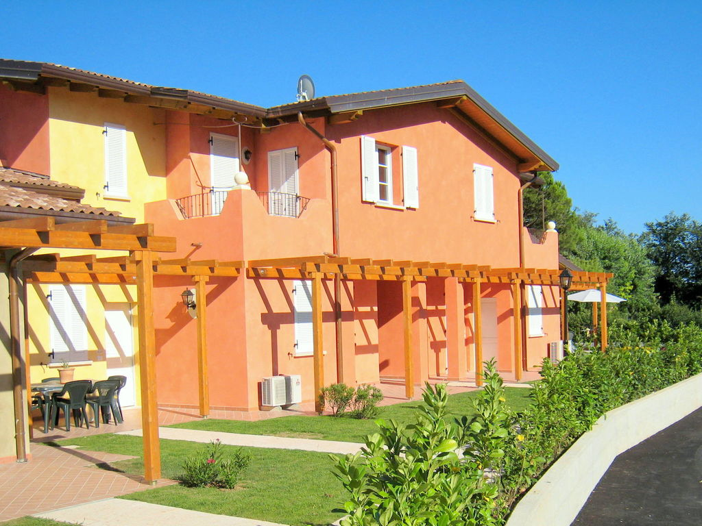 Ferienhaus Komfortables Ferienhaus in Manerba del Garda mit Pool (244573), Nuvolento, Brescia, Lombardei, Italien, Bild 3