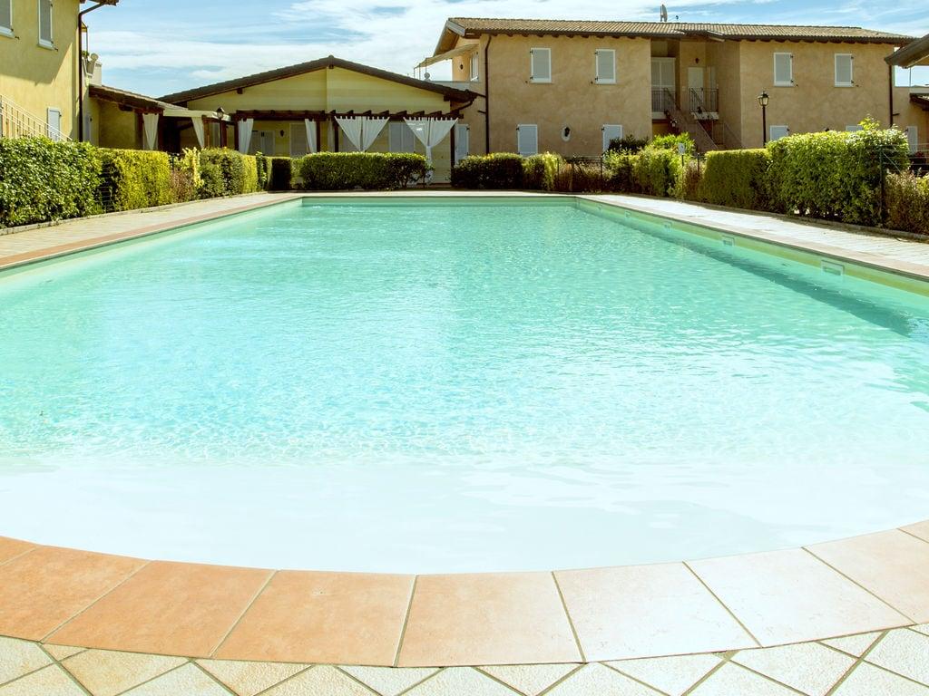 Ferienhaus Komfortables Ferienhaus in Manerba del Garda mit Pool (244573), Nuvolento, Brescia, Lombardei, Italien, Bild 6