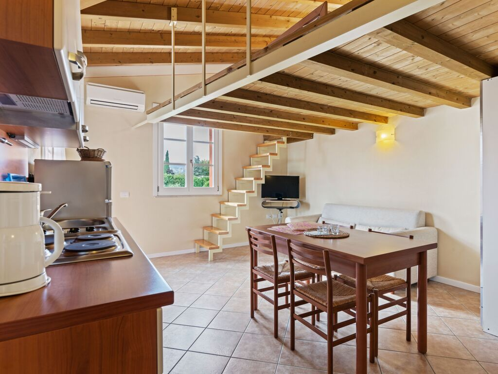 Ferienhaus Komfortables Ferienhaus in Manerba del Garda mit Pool (244573), Nuvolento, Brescia, Lombardei, Italien, Bild 11