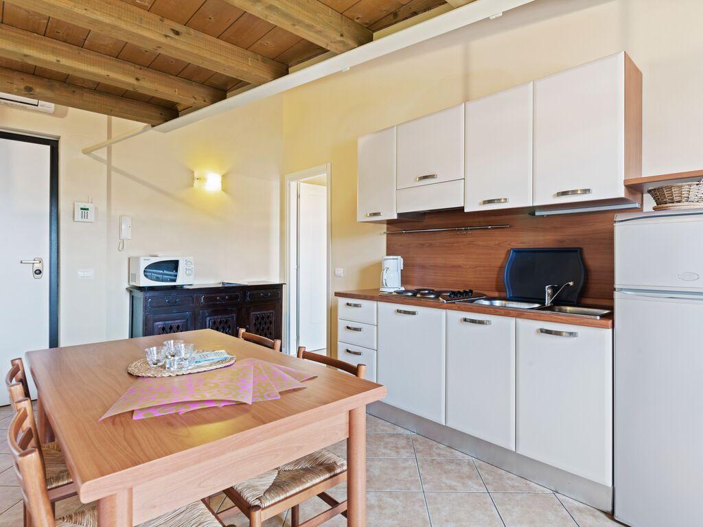 Ferienhaus Komfortables Ferienhaus in Manerba del Garda mit Pool (244573), Nuvolento, Brescia, Lombardei, Italien, Bild 16